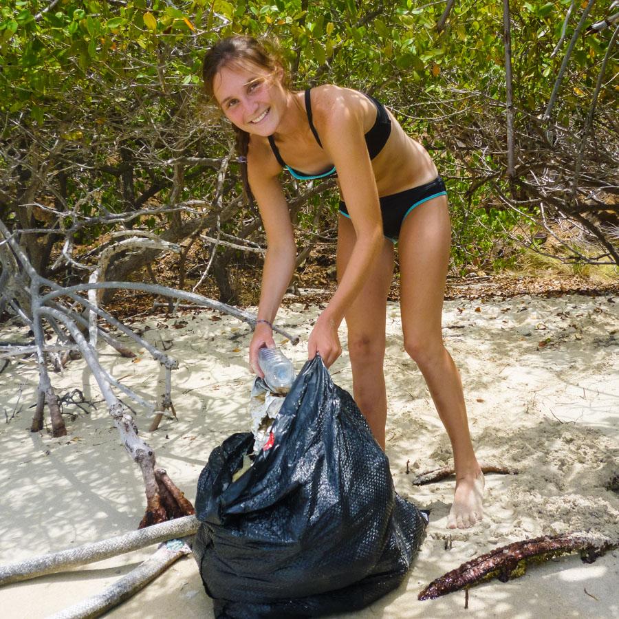 service_beach_cleanup